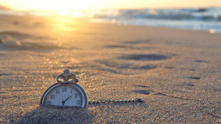 Say goodbye to regrets - stop wanting to turn back time