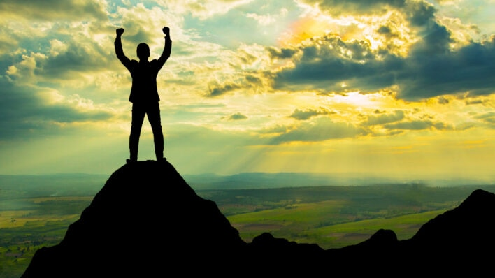 How to Motivate Yourself to Bounce Back from Adversity