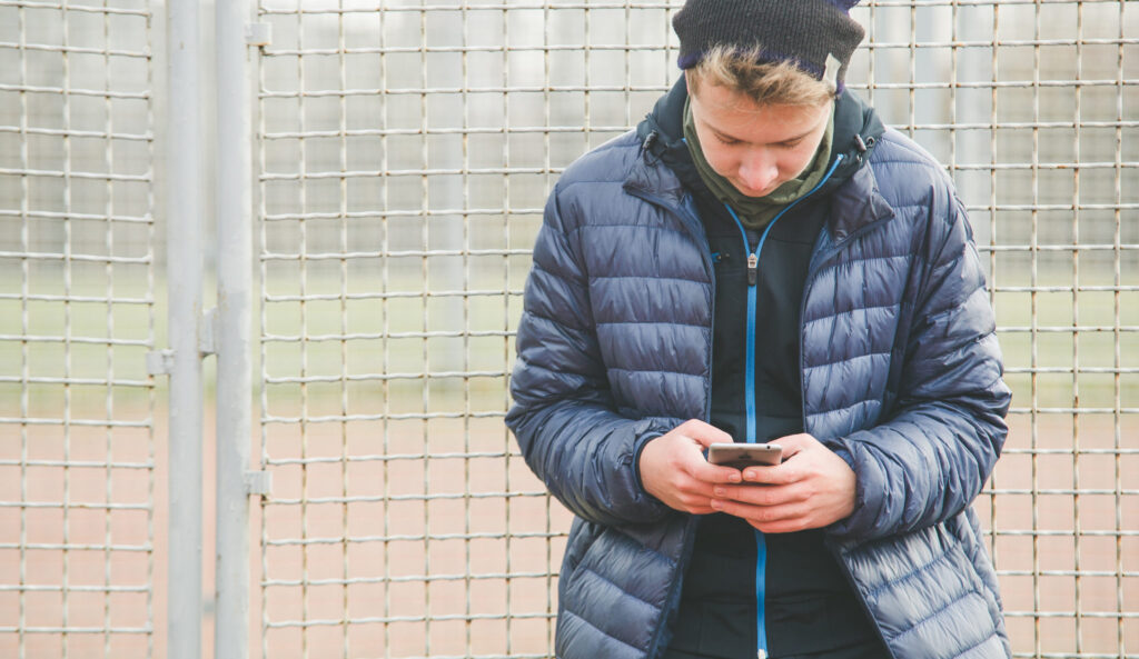 How to Let Go of Your Ex in an Era of Social Media