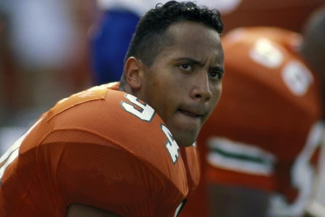 dwayne-the-rock-johnson-football-player