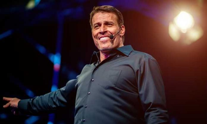 4-lessons-of-self-improvement-from-Tony-robbins