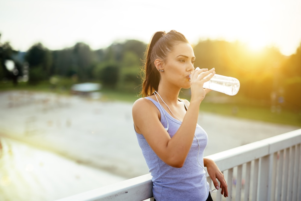 girl-forming-habit-of-drinking-water