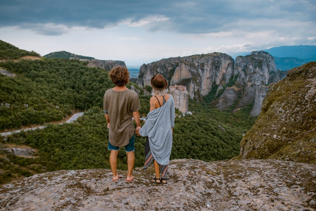 couple-looking-at-scenic-landscape