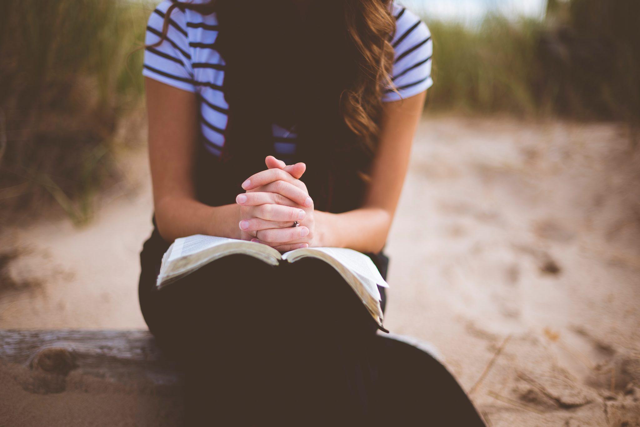 reading-self-help-books