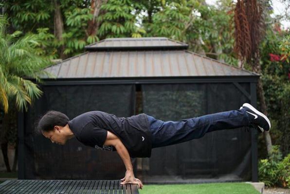 jim-kwik-holding-balance-power-pose