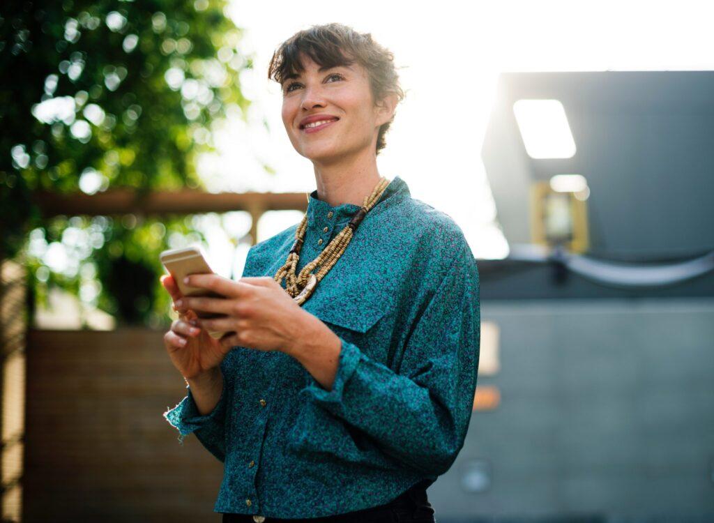 confident-woman-using-phone