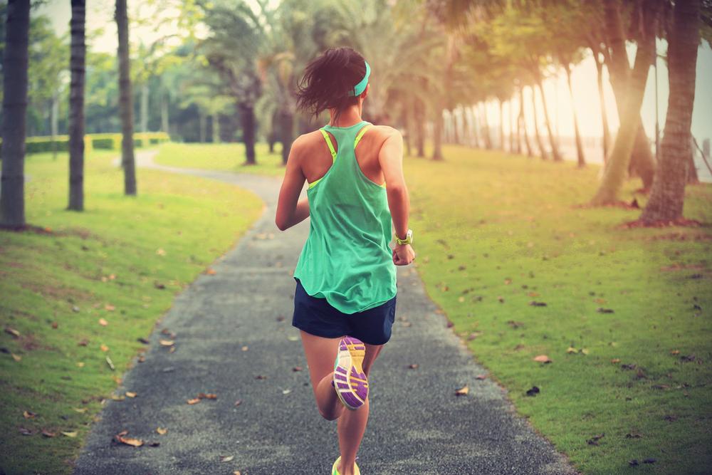 woman-running-park