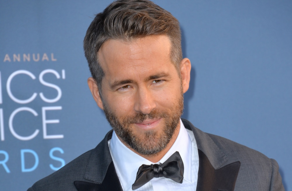 Ryan-Reynolds-got-the-best-gift-from-blake-lively