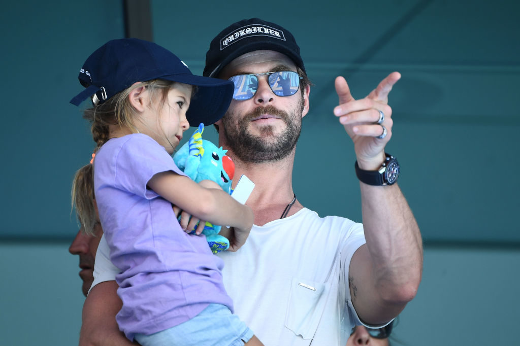 chris-hemsworth-daughter