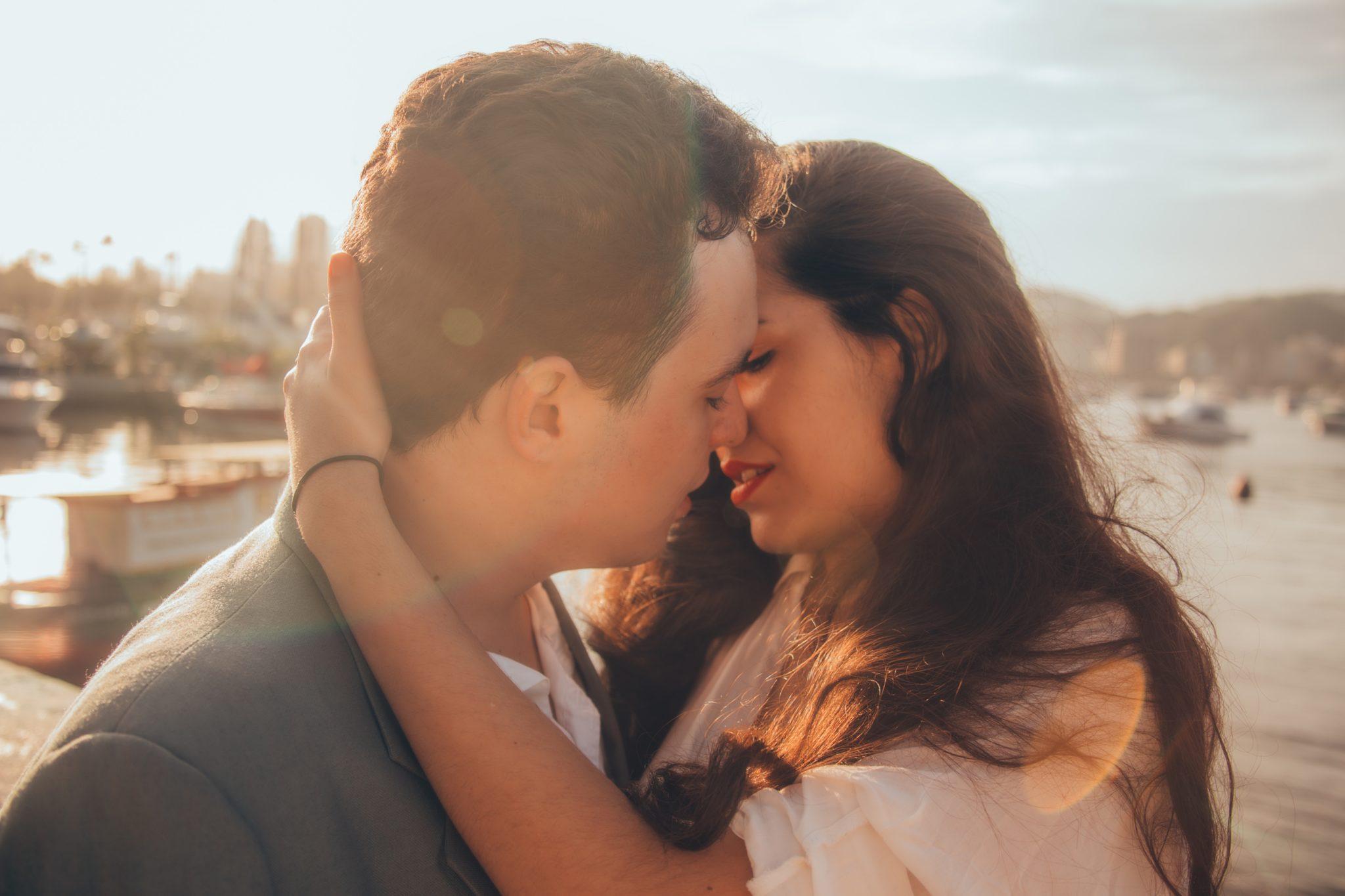 dating pathological liar symptoms