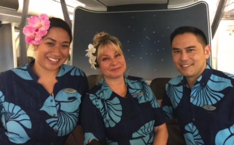 heroic-hawaiian-flight-attendants