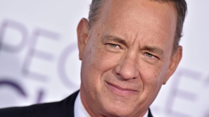 Tom-Hanks-at-the-Peoples-Choice-Awards