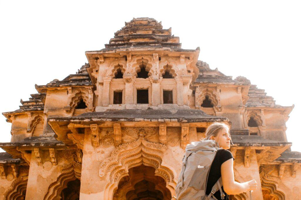Solo-traveler-in-India