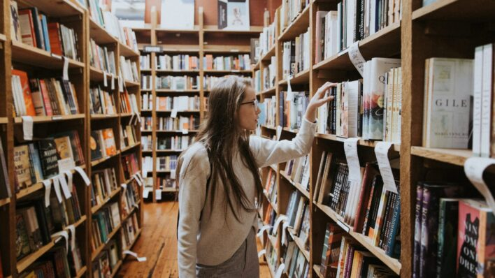 Woman-in-a-book-store
