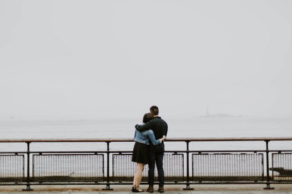 Hugging-in-the-fog