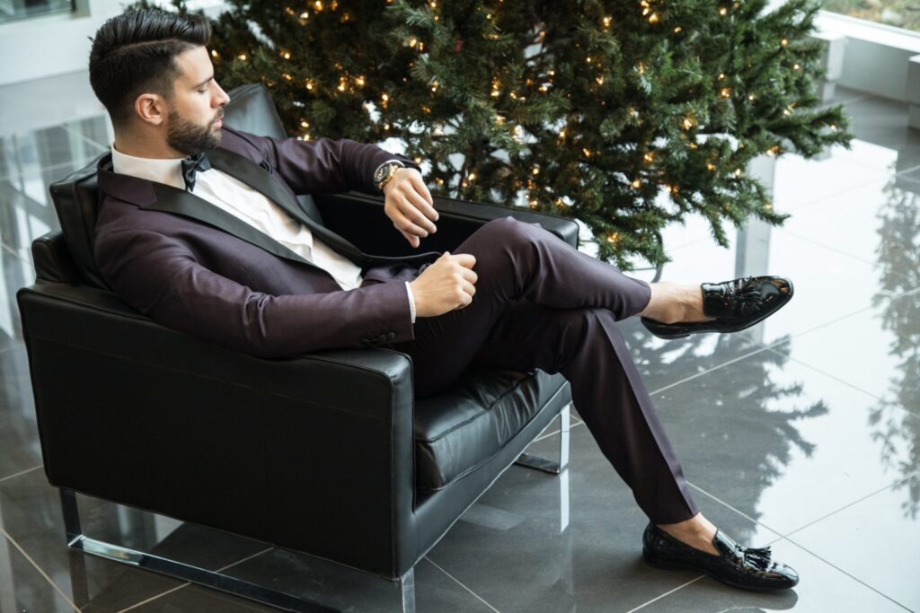 Business-man-at-Christmas