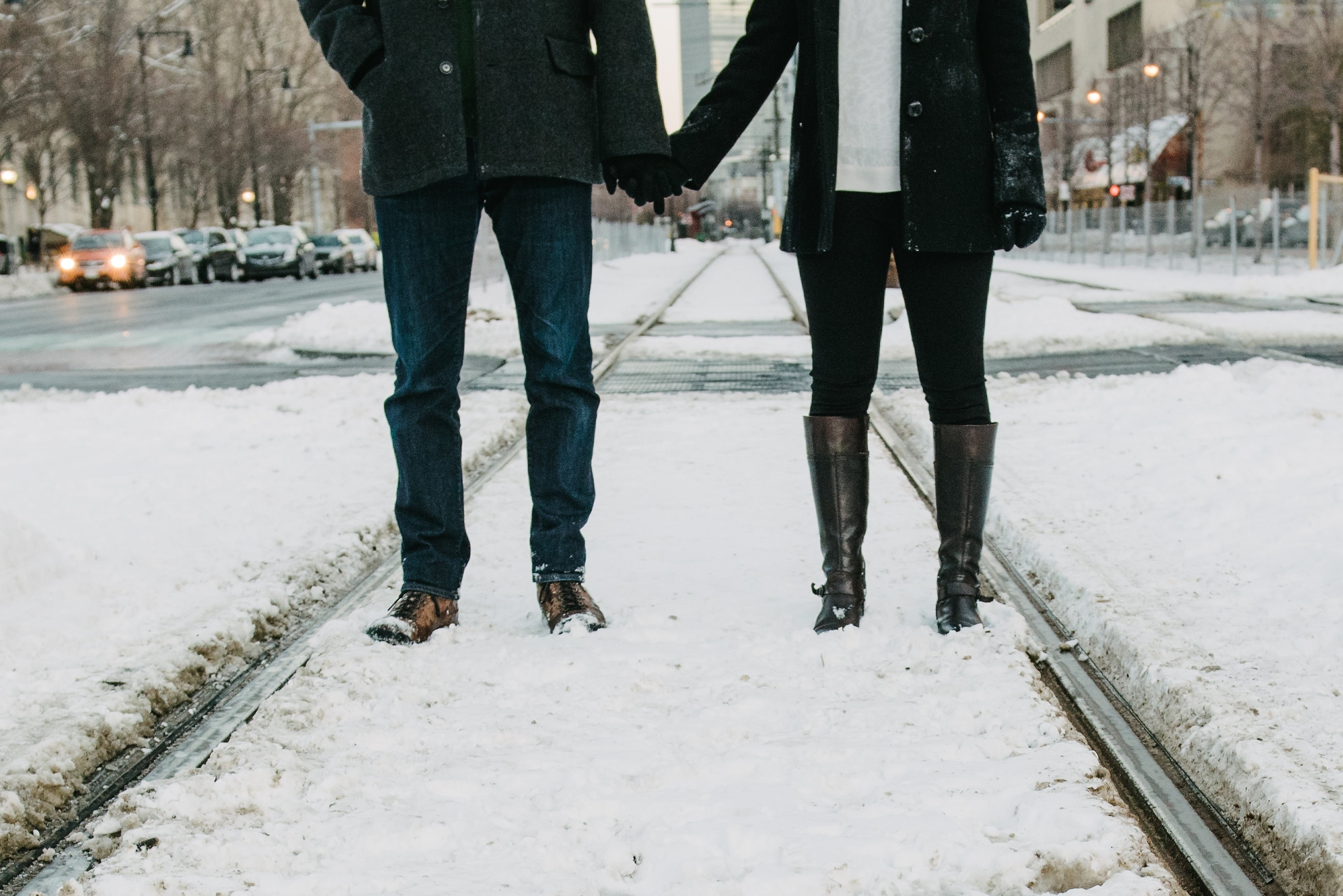 "9 Signs Your Winter Relationship Will Last Beyond ""Cuffing Season"""