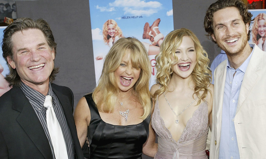 Kurt Russell Goldie Hawn and Oliver and Kate Hudson